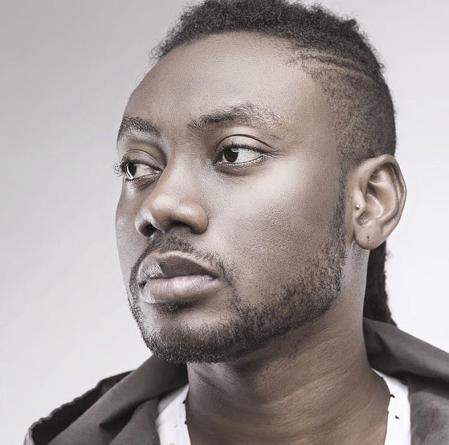 Pappy Kojo flaunts his white girlfriend after reports that he was gay (video) 2