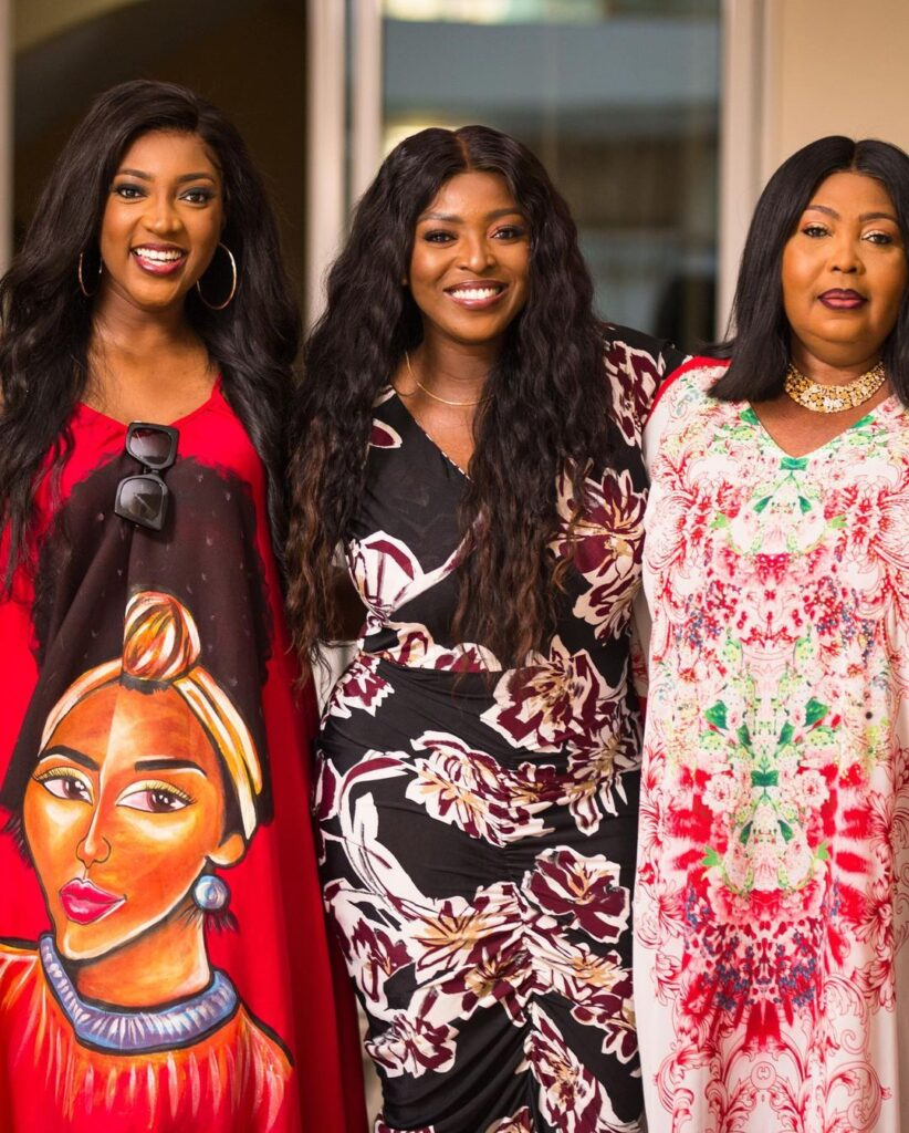 All you need to know about Roseline Okoro, the beautiful younger sister of Yvonne Okoro who just got married - Photos 2