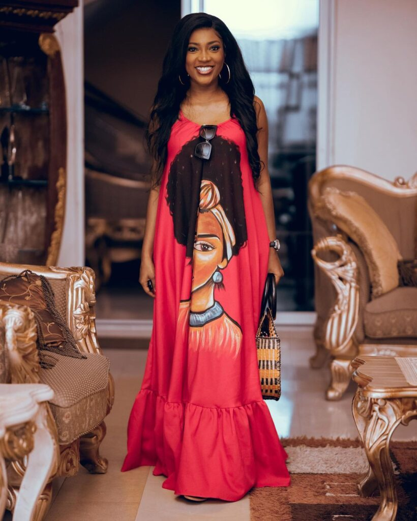 All you need to know about Roseline Okoro, the beautiful younger sister of Yvonne Okoro who just got married - Photos 5