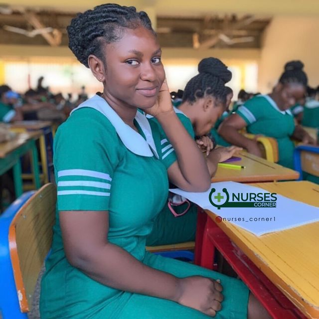 24 pictures of pretty Ghanaian Nurses that will make you want to marry a nurse. 8
