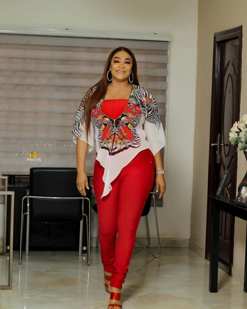 Age is just a number: See 10 beautiful photos of actress Kalsoume Sinare as she celebrates her birthday 4