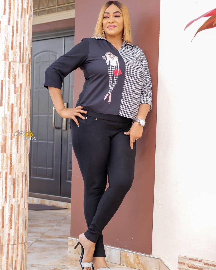 Age is just a number: See 10 beautiful photos of actress Kalsoume Sinare as she celebrates her birthday 6