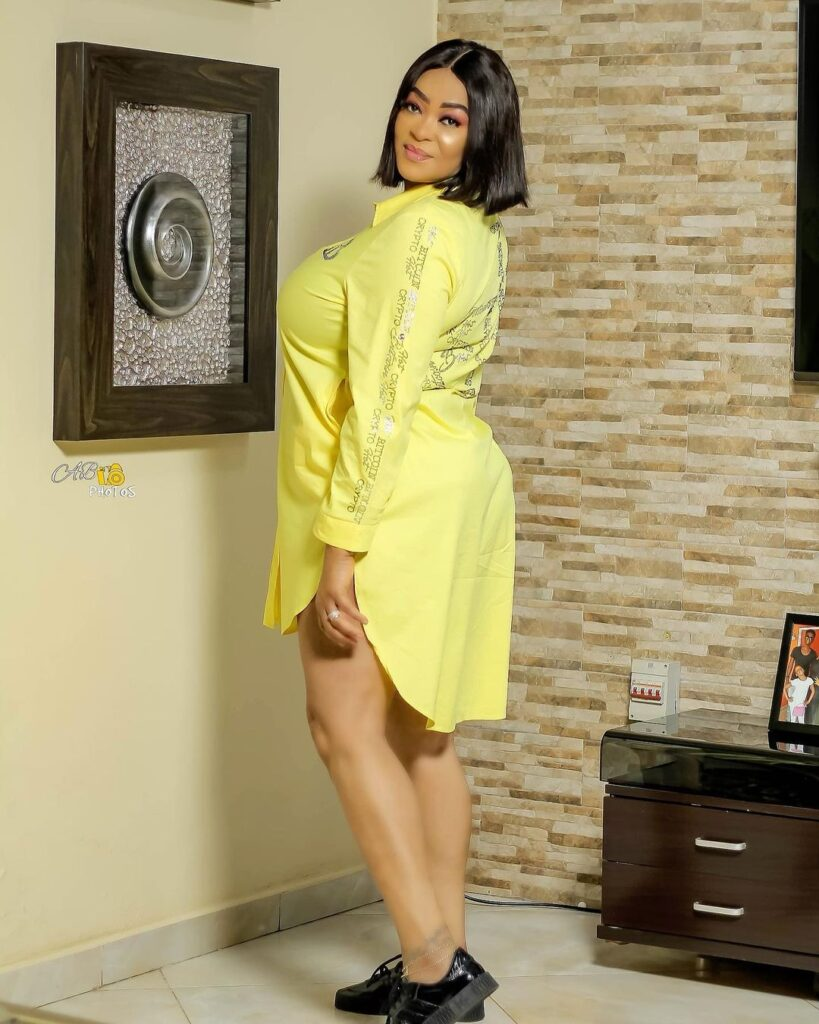 Age is just a number: See 10 beautiful photos of actress Kalsoume Sinare as she celebrates her birthday 10