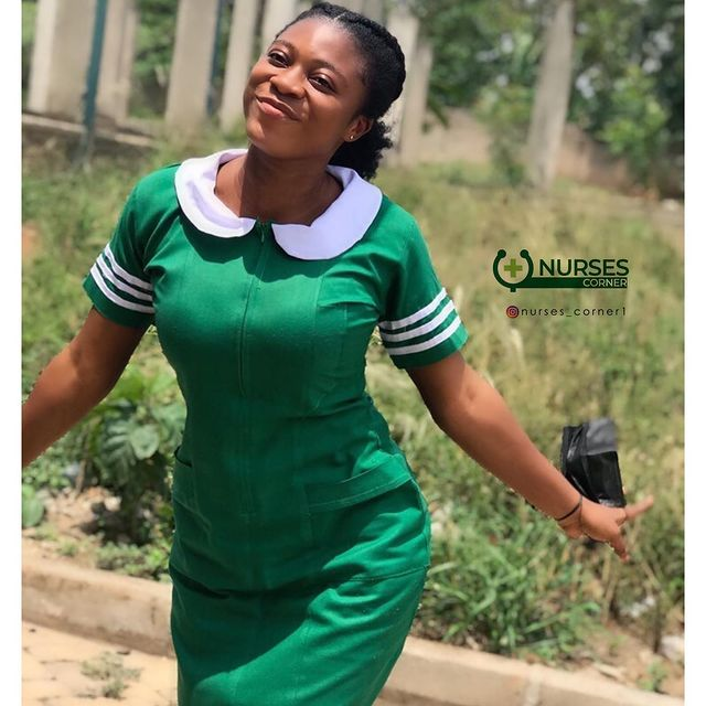 24 pictures of pretty Ghanaian Nurses that will make you want to marry a nurse. 17