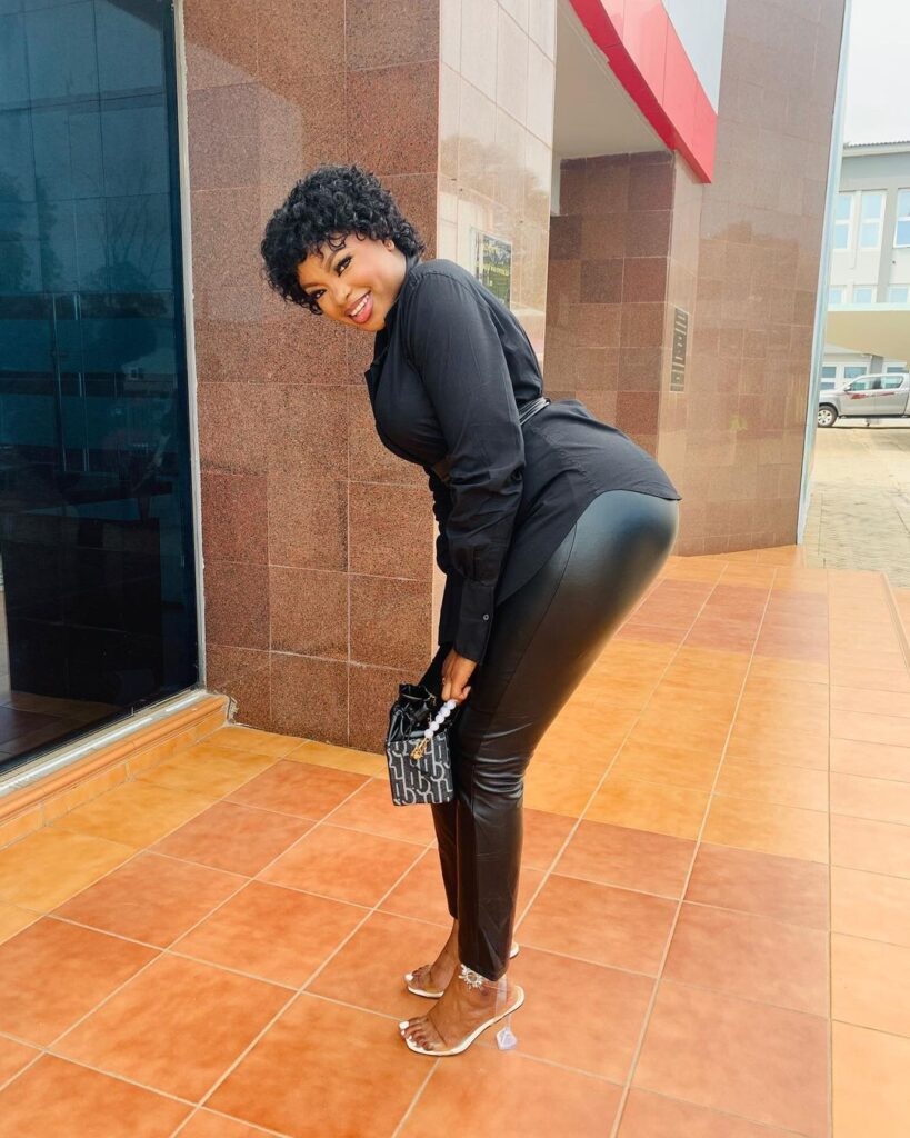 Stunning pictures of Rose that shows that she is not a Trotro girl (photos) 6