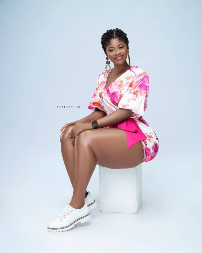 Actress Sheena flood the internet with beautiful photos as she celebrates her birthday 2