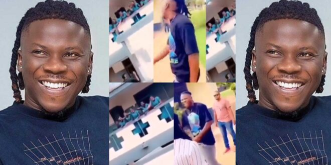 St Roses Girls go cr@zy as Stonebwoy storms their school — Video 1