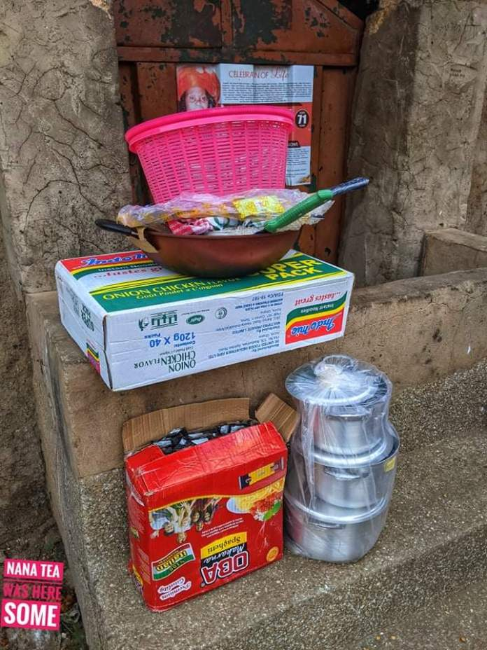 Nana Tea Supports a Single Mother in Starting Her Own Indomie Business (+PHOTOS) 4