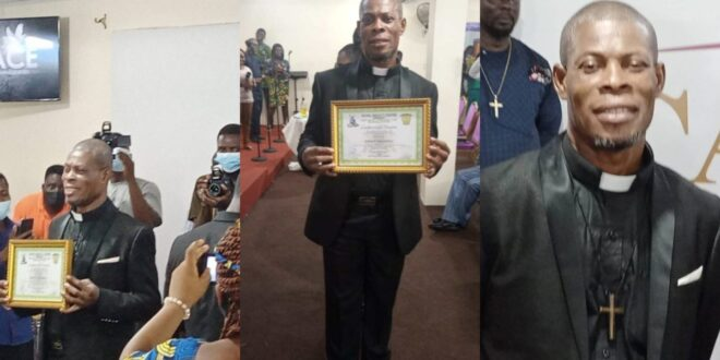 Actor waakye ordained as Rev. Minister. 1